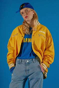 Contemporary Korean fashion label ADER Error Spring / Summer Collection featuring bold colors and fun digital prints that keep streetwear fun. Fashion Moda, 90s Fashion, Look Fashion, Korean Fashion, Fashion Outfits, Fashion Trends, Fashion 2018, Retro Fashion 80s, Fashion Fashion