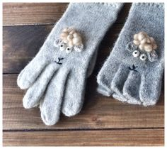 Sheep+Mittens+Hand+Made+Gloves+Animals+Gloves+++Wool+by+WOOLOKS