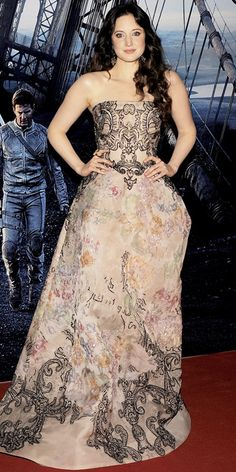 Andrea Riseborough in Elie Saab gown--just gorgeous!