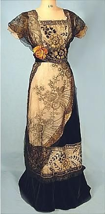 1910 Black Cotton Velvet and Silk Chantilly Lace Edwardian Gown