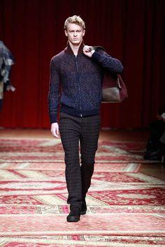 Missoni Fall/Winter 2015/16 – Milano Moda Uomo - http://olschis-world.de/  #Missoni #mfw #Menswear