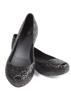 1ad81237c0c Amazing glitter covered shoes from Melissa plastic shoes.