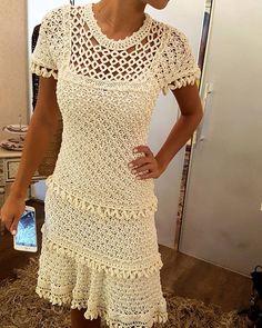 Check vanessamontoro's instagram image #GetTheLook Regata Double Face + Saia mid Sardenha #VanessaMontoroStyle #VanessaMontoroCrochet #Authentic #Timeless # 1445100258647644633_197187782 • Imgwonders