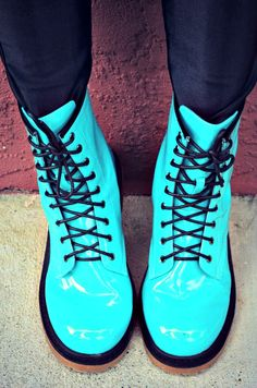 Blogger Melanie T of Designer Blush in Charlotte Russe Neon Blue combat boots. Reminds me of u Bethers:)