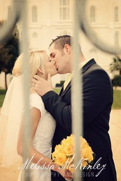 romantic wedding photo, St George temple aka... MY temple(; the one I want to get married in