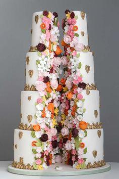 wedding-cakes-for-a-luxury-wedding-4.