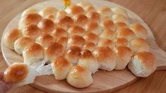 Bread Bun, Bread Rolls, Bread Recipes, Baking Recipes, Bubble Bread, Pizza Pastry, Bread Alternatives, Air Fryer Recipes Easy, Food Garnishes