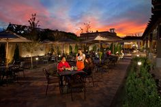 Hotel Albuquerque patio dining