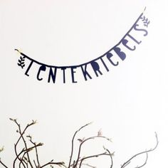 lentekriebels - Buy it at www.nl - € 2 for € 20 Banner Letters, Diy Banner, Diy Letters, Make Your Own Banner, Black Banner, Licht Box, Boxing Quotes, Party Banners, Happy Spring