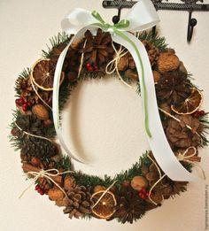 Осъществяване Коледа венец от шишарки и ядки - Справедливи Masters - ръчна изработка, ръчно изработени