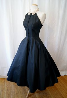 1950s Emma Domb dress- love the line of buttons!