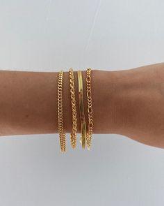 "♍︎ on Twitter: ""… "" Trendy Jewelry, Cute Jewelry, Silver Jewelry, Jewelry Accessories, Gold Fashion, Fashion Jewelry, Charm Armband, Metal Bracelets, Gold Chains"