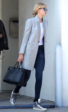 Fashion-Blog-Gigi-Hadid-Fall-Style-Low-Bun-Mirrored-Sunglasses-Grey-Coat-White-Tee-Skinny-Jeans-Saint-Laurent-Croc-Bag-Silver-Sneakers.jpg (365×599)