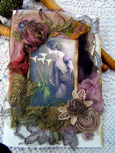 Suziqu's Threadworks: Some Collaged Cards added to my Etsy Shop