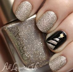 Classy & Elegant Christmas Tree | 11 Holiday Nail Art Designs That Are Too Pretty To Pass Up