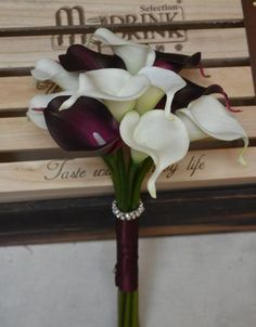 ~Description~ This list includes 1-rustic bridesmaids bouquet created with 12pcs real touch dark plum purple and ivory calla Lilies. Size~ About