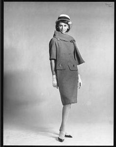 Christian Dior P/E 1962. Photo Louis-Roger Astre. Mannequin Catherine Pastrie.