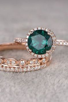 Do you love this? Wedding Rings 24 Gorgeous Emerald Engagement Rings for the Alternative… Emerald Engagement ring Set Rose gold,Diamond wedding… 25 Wedding Rings Vintage, Vintage Engagement Rings, Diamond Engagement Rings, Wedding Jewelry, Wedding Engagement, Diamond Rings, Gold Jewelry, Vintage Rings, Women Jewelry