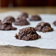 Chocolate Peanut Butter Banana Oatmeal Bites #glutenfree #vegan