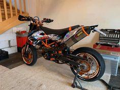 Ktm 690, Motorcycle Luggage, Bike Ideas, Sport Bikes, Chopper, Motorcycles, Vehicles, Sportbikes, Sport Motorcycles