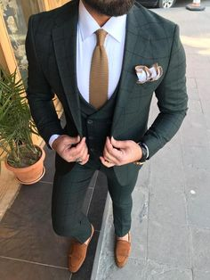 Collection: Spring – Summer 19 Product: Slim-Fit Suit Size: Suit Material: viscose, polyester Fitting: Slim-Fit Cutting: Double Slits, Double Button Package Include: Jacket, Vest and Pants Blazer Outfits Men, Mens Fashion Blazer, Suit Fashion, Fashion 2020, Groomsmen Suits, Mens Suits, Suit For Men, Mens Casual Suits, Green Suit Men