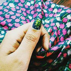 Green and gold #Nailart #diy