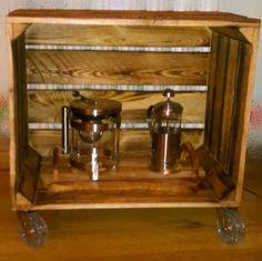 stolik ze skrzynki na kółkach sylikonowych