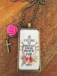 Grateful for everything Classic Vintage Bible Cross Necklace Fashion Personality Wild Men and Women Pendant Pendant