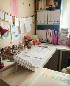 Study Room Decor, Study Rooms, Bedroom Decor, Study Desk, Study Space, University Rooms, Study Corner, Study Organization, Desk Inspiration
