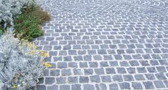 Bluestone & Quartzite cobbles for outdoor paving & landscaping projects from Sydney's Stone & Slate Specialists Outdoor Walkway, Outdoor Stone, Outdoor Landscaping, Outdoor Decor, Patio, Driveway Design, Driveway Ideas, Front Courtyard, Courtyard Ideas