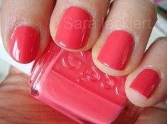 The advantage of the gel is that it allows you to enjoy your French manicure for a long time. There are four different ways to make a French manicure on gel nails. Pretty Nail Colors, Spring Nail Colors, Spring Nails, Summer Nails, Summer Nail Polish Colors, Summer Colors, How To Do Nails, My Nails, Peach Daiquiri