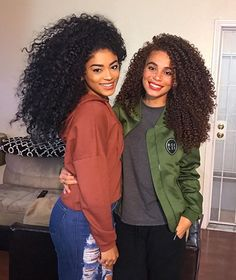 CURLS GALORE!!! But Just wanted to give a hugeeeee HAPPY BIRTHDAY to the gorgeous @joyjah hope you are having a great day!