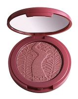 Amazonian clay 12-hour blush  blushing bride (plumy rose) - To highlight the apples of my cheeks.