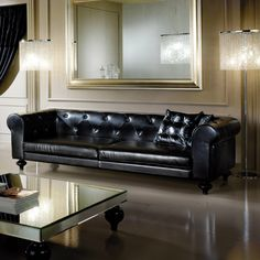 Tips That Help You Get The Best Leather Sofa Deal. Leather sofas and leather couch sets are available in a diversity of colors and styles. A leather couch is the ideal way to improve a space's design and th Best Leather Sofa, Black Leather Sofas, Black Sofa, Living Room Trends, Living Room Modern, Living Rooms, Sofa Design, Interior Design