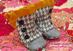 Ruffled Baby Boots PDF Sewing Pattern With Photo Tutorial 0-3 3-6 6-12