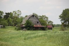 Anthony Cornett's photo of a Missouri barn.