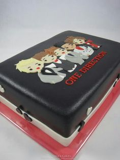 THIS IS MY CAKE FOR MY 15TH BIRTHDAY! I DONT CARE HOW HARD IT IS TO MAKE I WILL MAKE IT!!!!!!!!!!!!!