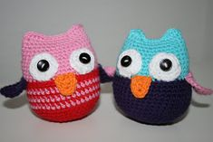 Ravelry: Woo-hoo owls pattern by FruMadsens Crochet Kids Hats, Crochet Beanie, Crochet Animals, Crochet Baby, Knit Crochet, Crochet Owls, Crochet Cowl Free Pattern, Crochet Blanket Patterns, Free Crochet