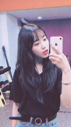 Yoojung South Korean Girls, Korean Girl Groups, Ulzzang, Jung Chaeyeon, Choi Yoojung, Kim Sejeong, Pre Debut, Sistar, Cosmic Girls