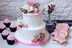 Красивое может быть вкусным! Цветочно- розовое превосходство нежности