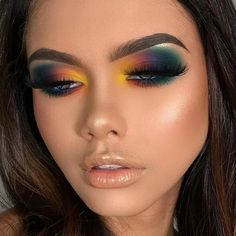 Eyemakeupart provides new eye makeup tutorial. How to make up your eye and how to do special design your eye. Just see Eyemakeupart web and start to do you. Makeup Eye Looks, Eye Makeup Art, Eye Makeup Tips, Smokey Eye Makeup, Cute Makeup, Makeup Goals, Glam Makeup, Gorgeous Makeup, Skin Makeup