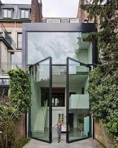 twin two-story doors / Belgian studio Sculp IT / ph: Luc Roymans