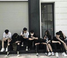 Lấy = Follow #Ẩn Korean Best Friends, Boy And Girl Best Friends, Cute Friends, Best Friend Photos, Best Friend Goals, Ulzzang Couple, Ulzzang Girl, Boy Photos, Friend Pictures