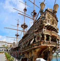 Spanish Galleon Replica In Genoa Old Port Stock Image - Image of antique, historical: 29201535 Ship Mast, Ship Figurehead, Spanish Galleon, Sestri Levante, Genoa Italy, Ghost Ship, Visit Italy, Tall Ships, Places Around The World
