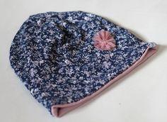 Mützen - Beanie  ✿ Blümchen ✿ Kindermütze, Geschenk - ein Designerstück von pickNicker_blue bei DaWanda