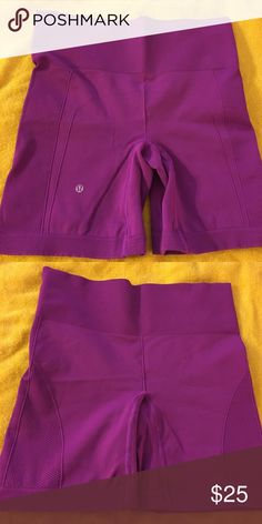 Lululemon training shorts Excellent condition lululemon shorts. Tag is missing but fits like a 6! lululemon athletica Shorts
