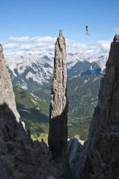 www.boulderingonline.pl Rock climbing and bouldering pictures and news http://share-the-way