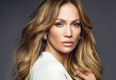 News In Pictures: All eyes on Jennifer Lopez as the actress flashes her cleavage in recent Instagram snaps http://ift.tt/2j1Lic1