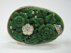 GAXELA´S RING DONE IN SILVER TO TAKE A BEAUTIFUL GREEN JADE
