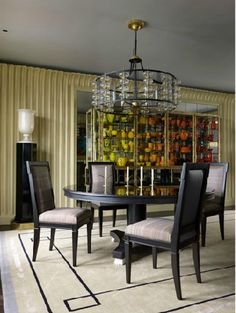 10-Gorgeous-Black-Dining-Tables-for-Your-Modern-Dining-Room-10 10-Gorgeous-Black-Dining-Tables-for-Your-Modern-Dining-Room-10